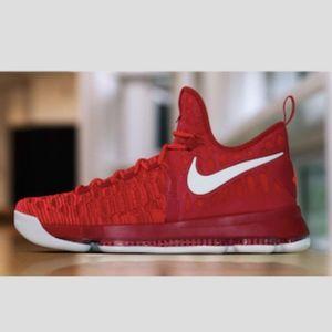 Men's Nike Zoom KD 9 (Size 10)